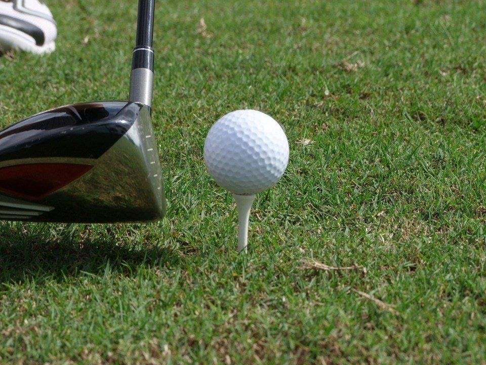 Best Cleaning Materials for Your Golf Balls